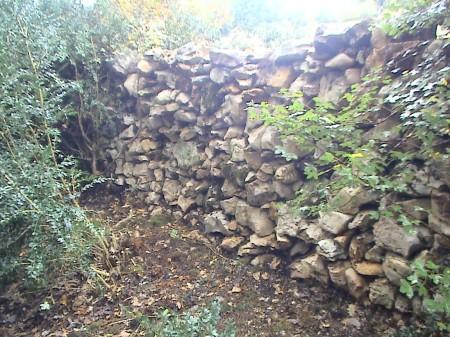 les murs en pierres sèches